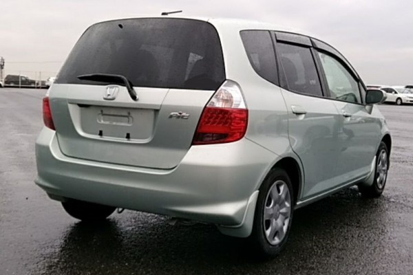 Honda Fit 1.3A 2006