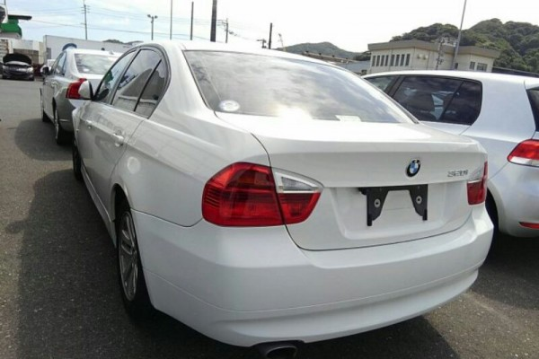 BMW 320I ADVANTAGE 2008