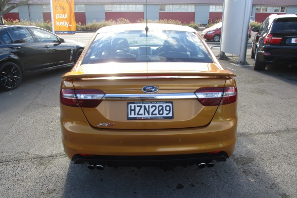 Ford Falcon XR8 FG X 2015
