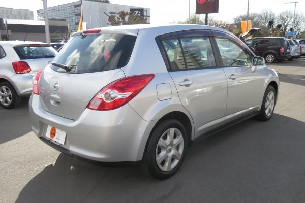 Nissan TIIDA 15S 2009