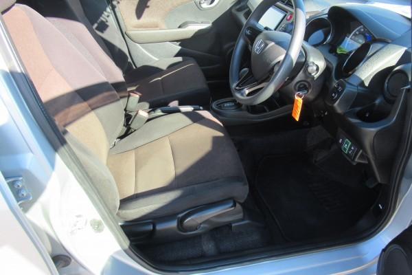 Honda Fit Shuttle  HYBRID 2014