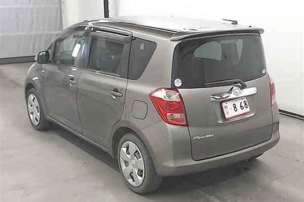Toyota Ractis 1.5G 2007