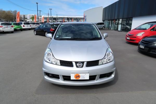 Nissan Wingroad 15M 2015