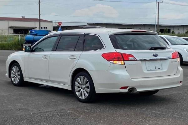 Subaru Legacy 2.5I L AWD 2010