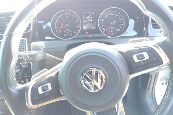 Volkswagen Golf 1.4TSI R-L 2015