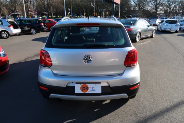 Volkswagen Cross Polo  2011