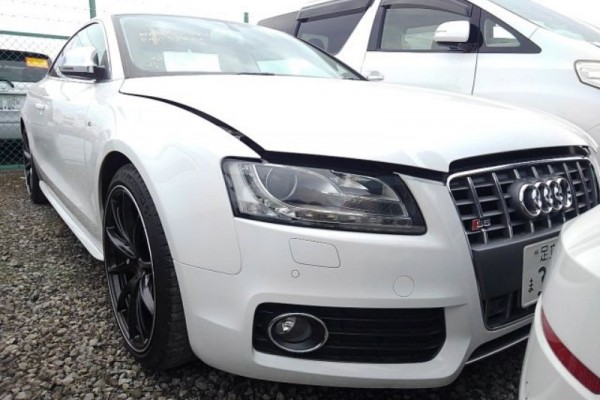 Audi S5 QUATTRO V8 2008