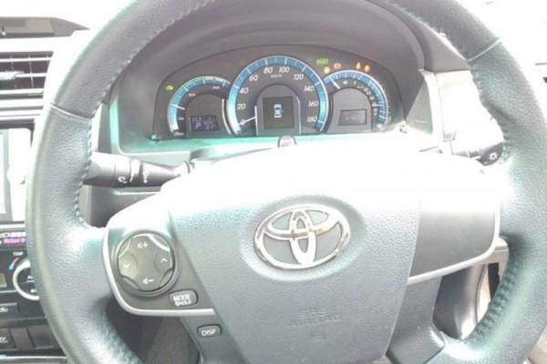 Toyota Camry 2.5G HYBRI 2011