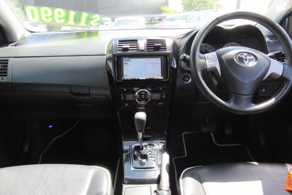Toyota Corolla Fielder S202 2010