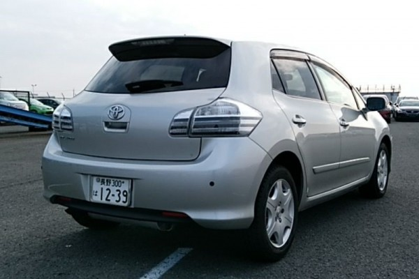Toyota Blade 4WD 2008