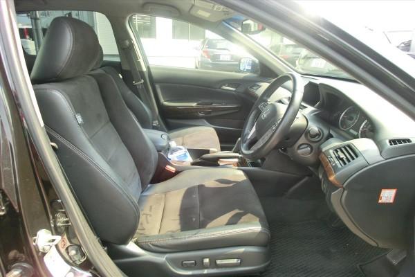 Honda Inspire 35TL 2010