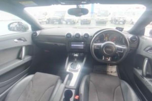 Audi TT 1.8TFSI S- 2014