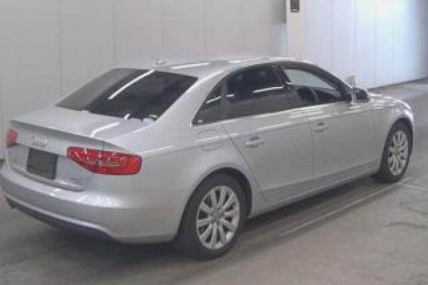 Audi A4 2.0TFSI QU 2012