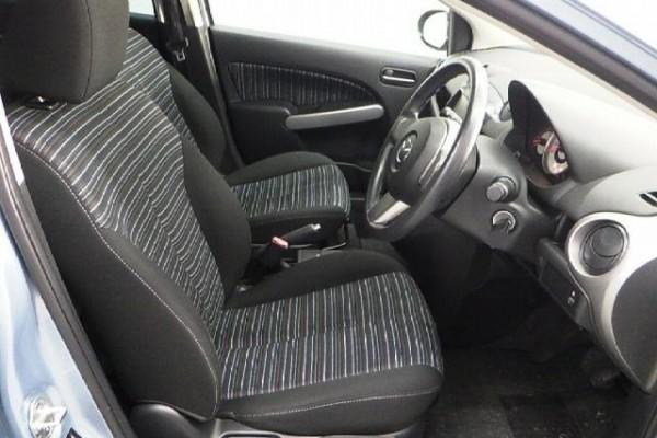Mazda Demio 13C 2010