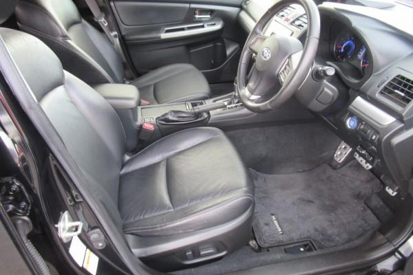 Subaru XV 2.0I HYBRI 2013