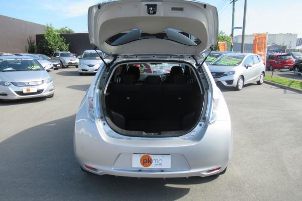 Nissan Leaf 24S 2014