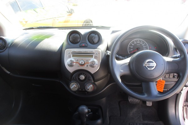 Nissan March 12S 2010