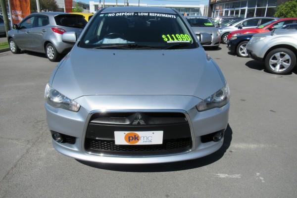 Mitsubishi Galant SPORTS HAT 2008