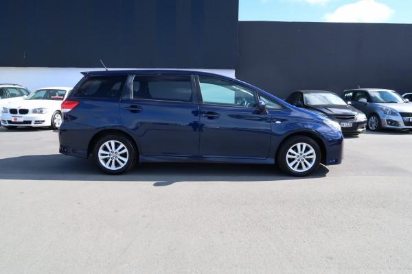 Toyota Wish 1.8S 2011