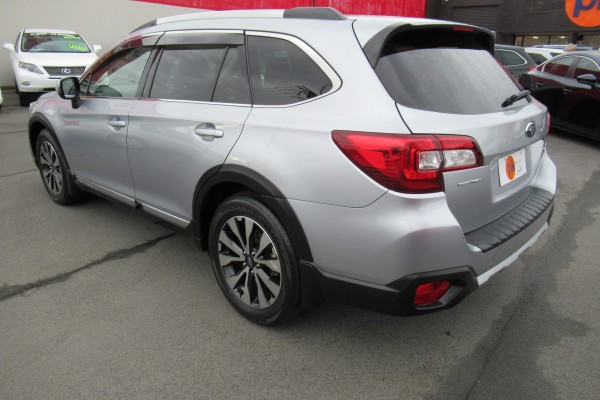 Subaru Outback LIMITED AW 2015