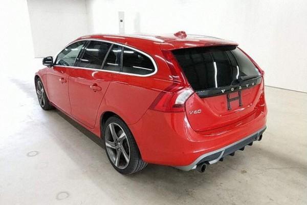 Volvo V60 T4 R.DESIG 2013
