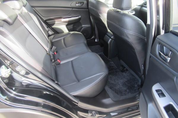Subaru Impreza XV 2.0I-L HYB 2013