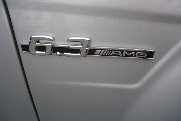 Mercedes-Benz C63 AMG PERFORMANC 2009