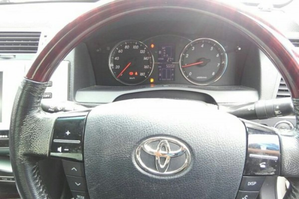 Toyota Mark-X 300GS 2004