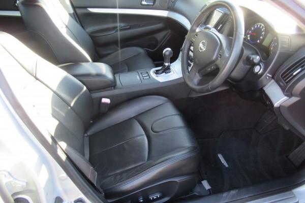 Nissan Skyline 370GT 2009