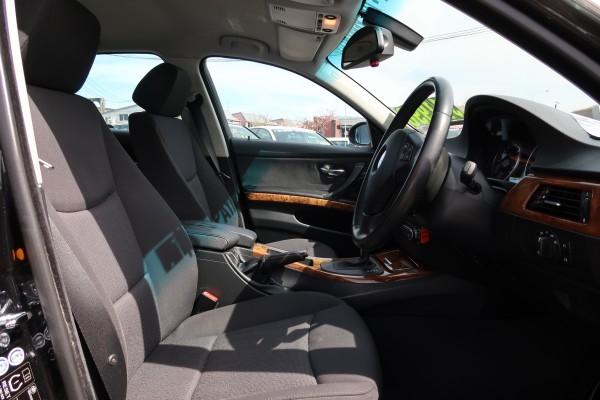 BMW 323i 2008
