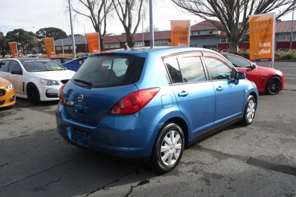 Nissan Tiida 15S 2004