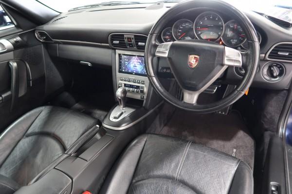 Porsche 911 CARRERA 2006