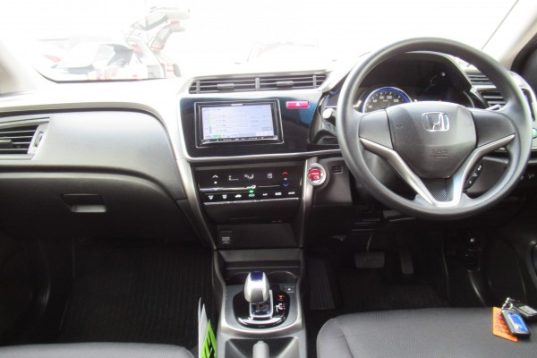 Honda Grace  HYBRID DX 2016
