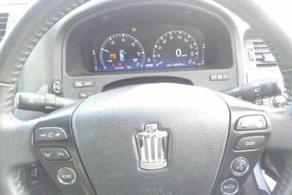 Toyota Crown HYBRID 2008