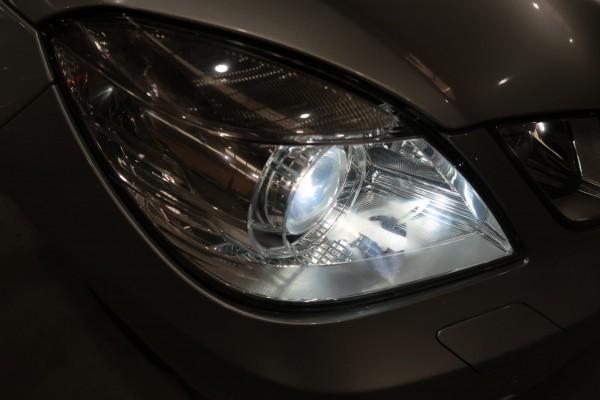 Mercedes-Benz E300  2011