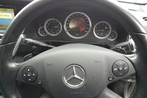 Mercedes-Benz E 350 AVANTGARD 2010