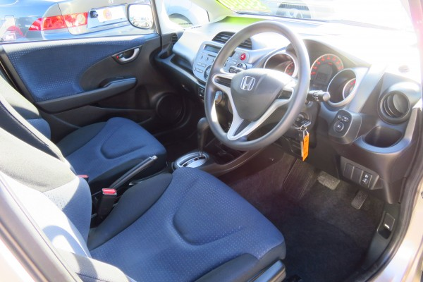 Honda Fit 1.3GF 2010