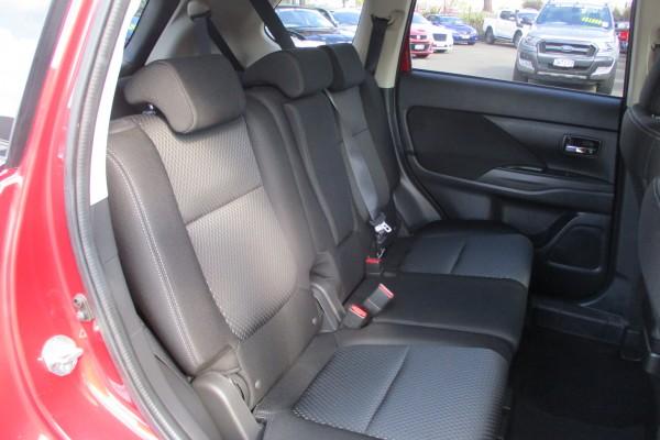 Mitsubishi Outlander 20G 7 SEAT 2016
