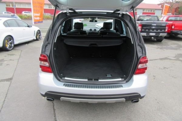 Mercedes-Benz ML 350  2005