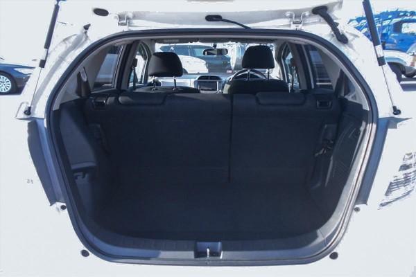 Honda Fit 1.3 HYBRID 2011