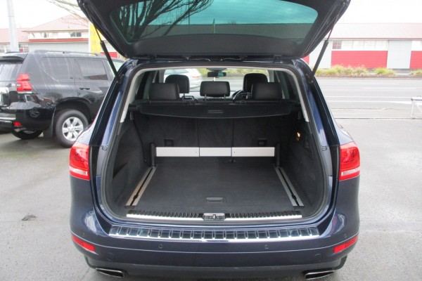 Volkswagen Touareg V6 BLUEMOT 2012