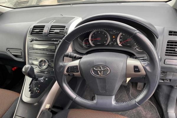 Toyota Blade 2.4S 2011