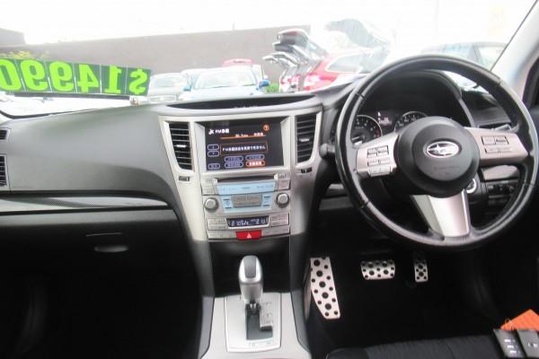 Subaru Legacy 2.5I 2011