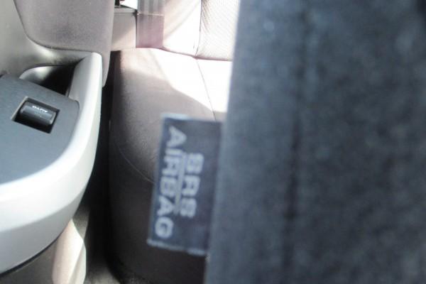 Toyota Prius 1.8 HYBRID 2012