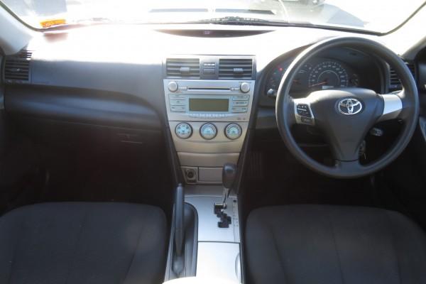 Toyota Camry GL 2009