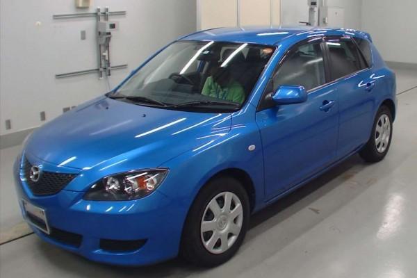 Mazda Axela 15F 2004