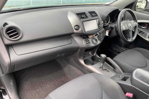 Toyota RAV4 4WD SPORT 2011