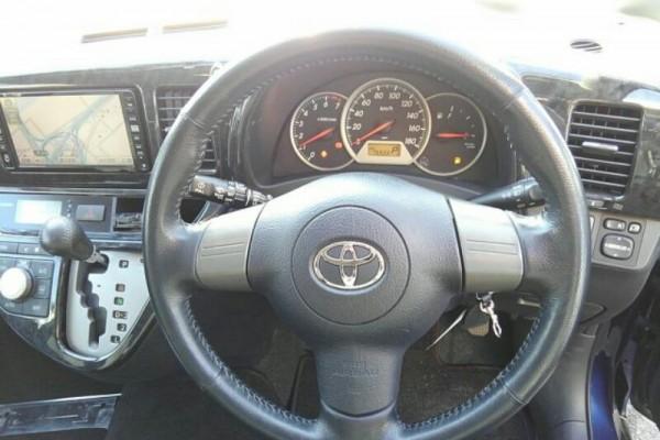 Toyota Wish 4WD X 2007