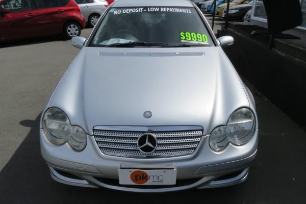 Mercedes-Benz C 200 SPORTS COM 2005