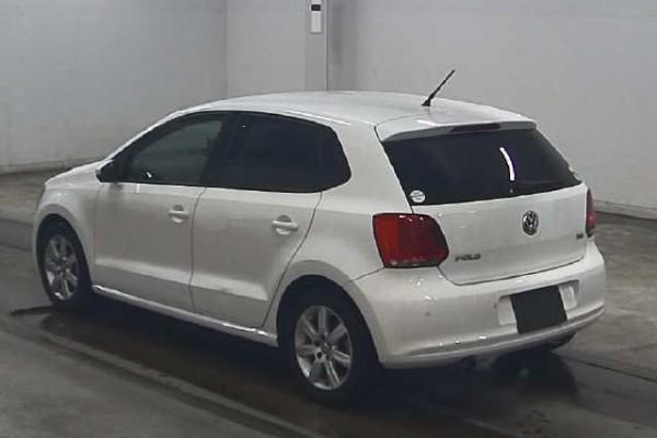 Volkswagen Polo HIGH LINE 2010